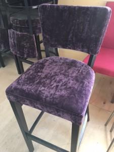 紫カウンター椅子1